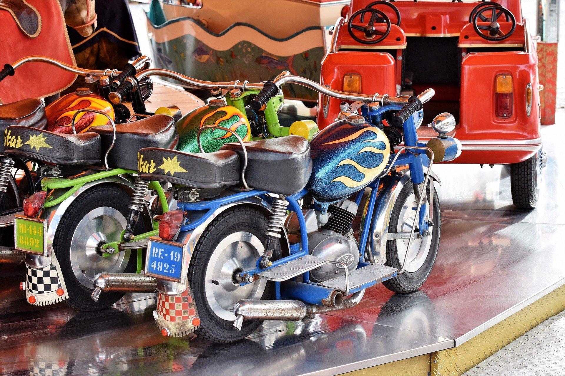 Comment apprendre à un enfant de piloter une moto?