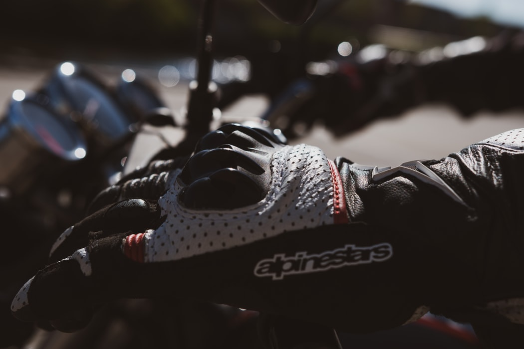 Un gants de protection pour la moto mécanique : ce qui fait un bon gant